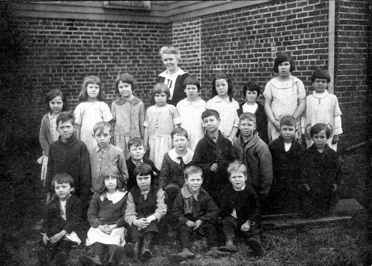 Woolen Mills School, c 1922, Ms. Wilkes, teacher